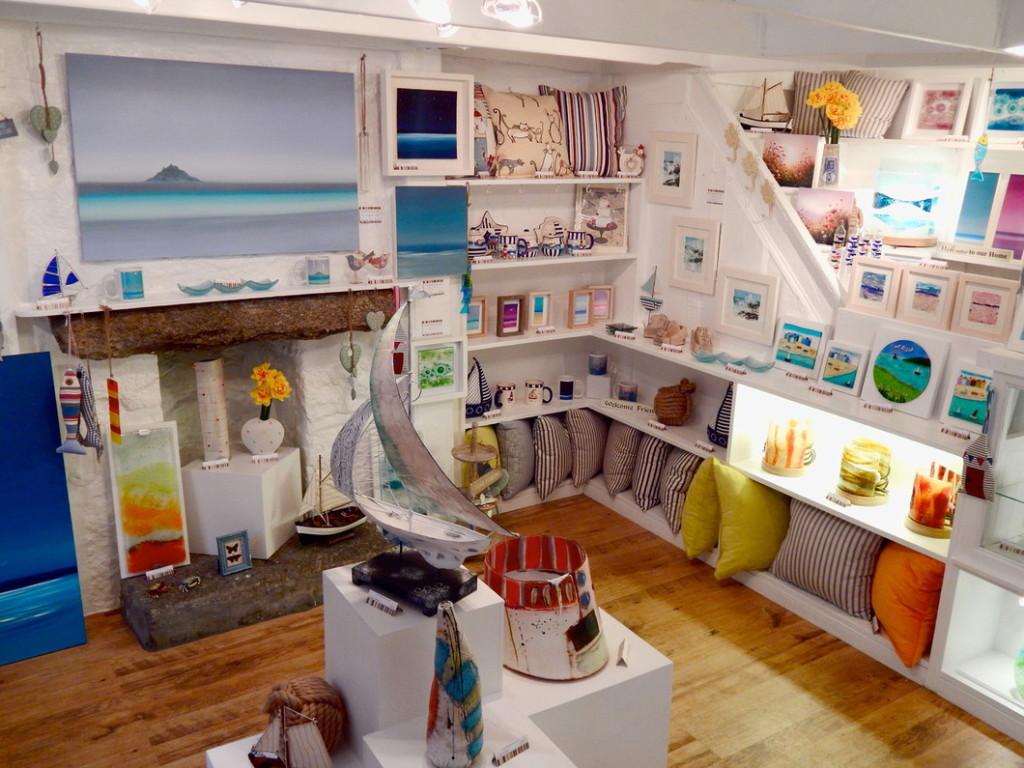 Mowzer Gallery, Brook St., Mousehole Cornwall